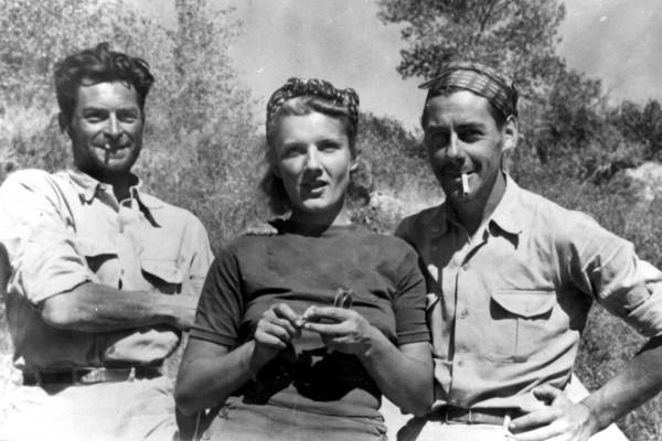 Original French trio of adventurers, Les Voyageurs Sans Trace